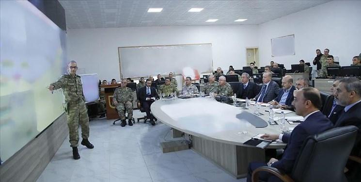بازدید اردوغان از مرکز فرماندهی نیروهای زمینی ترکیه در مرز سوریه