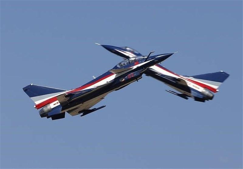 رهگیری هواپیمای جاسوسی آمریکا توسط جنگنده های چینی
