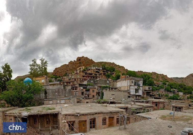 بازسازی خانه های دارای ارزش فرهنگی تاریخی در روستای روئین اسفراین