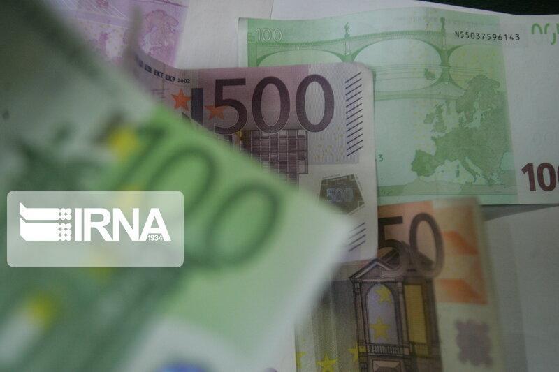 خبرنگاران کاهش عدم ایفای تعهدات ارزی واردکنندگان به کمتر از 10درصد