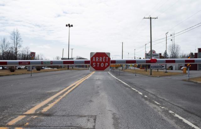 خبرنگاران مرز آمریکا و کانادا تا اول تیر روی سفرهای غیرضروری بسته است