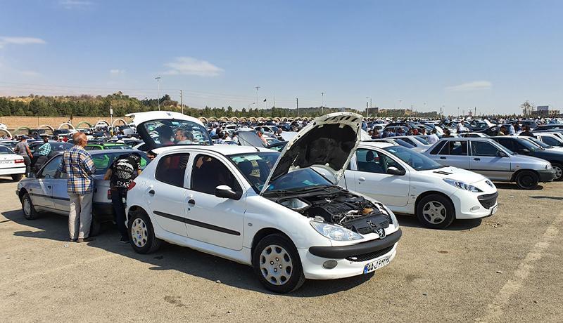 کاهش قیمت خودرو ادامه می یابد؟