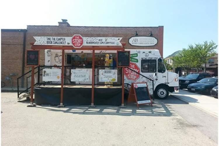 ایستگاه داستان در کامیون های کتابفروشی رندوم هاوس