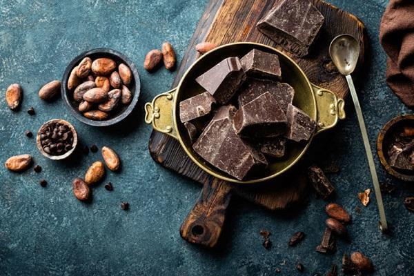 خوردن بیشتر کاکائو به 5 دلیل برای سلامتی ما مفید است