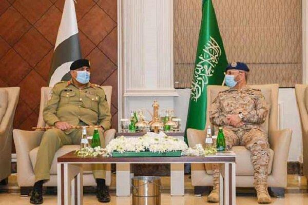 آشکار شدن اختلافات پاکستان و عربستان در سفر ژنرال باجوا به ریاض