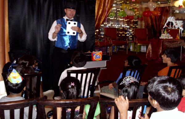 7 ترفند ساده شعبده بازی برای بچه ها