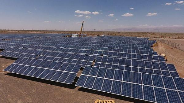 فراوری 153 مگاوات انرژی خورشیدی در نیروگاه های شمال تهران خبرنگاران