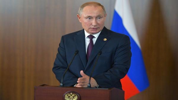 پوتین: روسیه باید قدرت فضایی باقی بماند