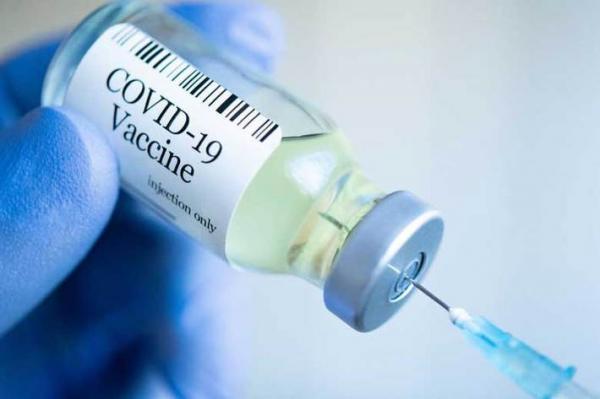 برای تزریق واکسن کرونا، منتظر پیامک وزارت بهداشت باشید