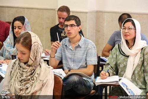آموزش داوطلبان خارجی فراگیر زبان و ادبیات فارسی به دانشگاه های داخل کشور واگذار شد