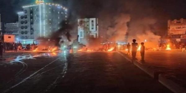 اعتراضات شدید علیه دولت مستعفی در شرق یمن و هجوم به مراکز دولتی
